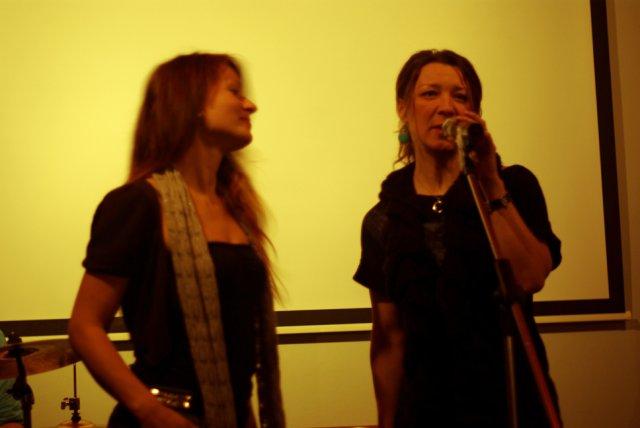 Naše sličné zpěvačky